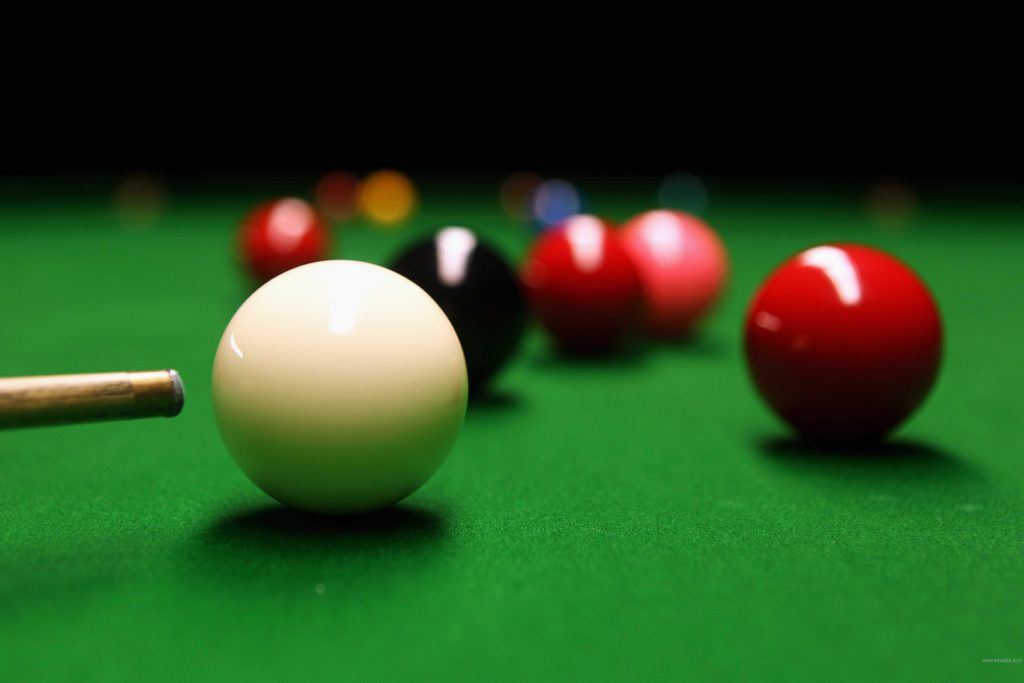 Easy Ways on How to Put the Ball in Snooker