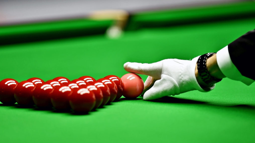 7 Easy To Learn Snooker Shots For First Timers